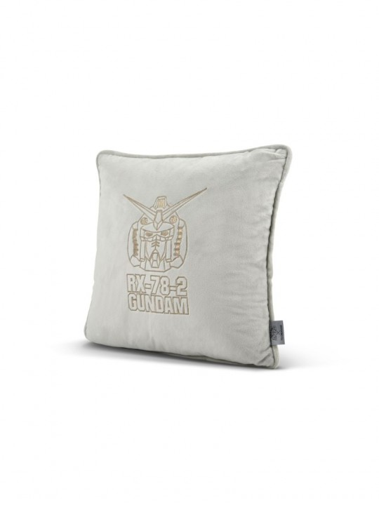 Gundam Limited Edition Cushion FXG182G-13 (Pre-Order)